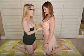 Lara Brookes makes love to her girlfriend Alexia Gold ATK Premium.