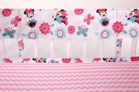 minnie mouse happy day crib liner