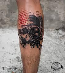 череп в стиле треш полька на ноге фото татуировок