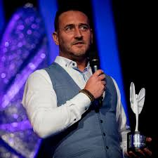 He is known for his roles as jambo bolton in hollyoaks, gaz wilkinson in comedy, two pints of lager and a packet of crisps. Will Mellor On The Shocking Abuse He Faced In His Own Community When He Was Cast In Hollyoaks Manchester Evening News