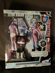 abbey bominable toysrus tru exclusive i love heart fashion monster high doll from toys r