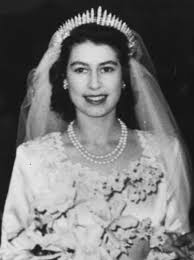 royal wedding on november 20 1947 princess elizabeth leaving westminster abbey after her wedding to the