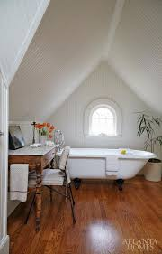 perrin rowe lifestyle: the master bath pays tribute to the houses s roots an elizabethan classics clawfoot tub