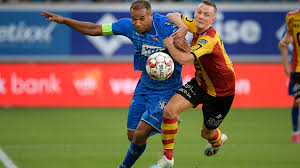 KAA Gent walst over KV Mechelen
