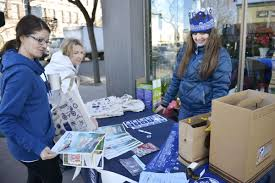 Sunshine brings crowds out for Small Business Saturday | Local News |  missoulian.com