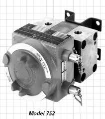 Barton Instruments Itt Controls