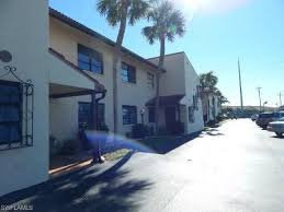 cape c condo townhouse 4711 santa barbara blvd 2