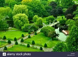 the lagoon bridge in boston public garden