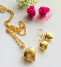 hearts gold plated chain pendant necklace set