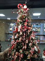 How To Decorate A Candy Cane Christmas Tree Artificial Candy Decorations 33
