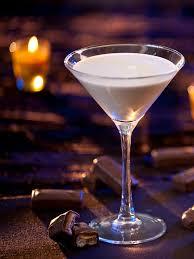 Martini Recipes Vodka How To Make A Milky Way Martini From Hgtv Entertaining Ideas