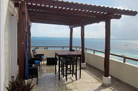 Ixchel Beach Hotel: Pergola on balcony, PH 709