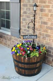 Flower Barrel Lamp Post And Welcome Sign Countrydecoration