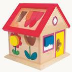 Игрушечный домик фото