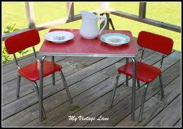vine 1950 s childrens table set