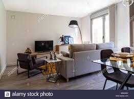 Stilvolles Modernes Wohnzimmer Interieur In Der Farbe Weiß
