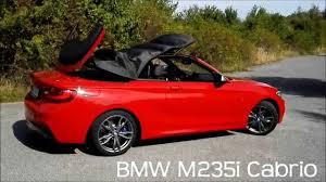 BMW M235i Cabrio - stažení střechy / roof down - YouTube
