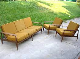 mid century modern outdoor lounge chair