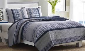 Find the Best Styles for California King Quilts - Overstock.com & Best Styles for Cal King Quilts Adamdwight.com