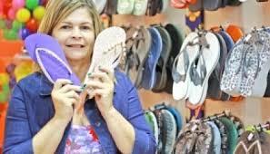 Resultado de imagem para chinelos feitos em chinelos personalizado