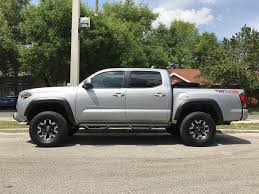 show us your 3rd gen silver th page 81 tacoma world got mine last week 1 5 leveling kit up front from dealer and step bars loving it tonneau cover folded up in this pic because some fishing poles are in