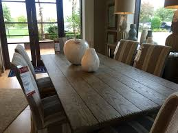 Wooden Dining Table & Chairs Mathis Brothers Furniture Tulsa OK