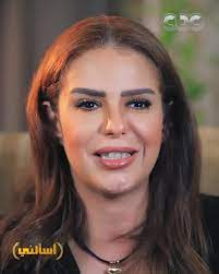 """دنيا عبد العزيز تكشف مفاجأة عن """"مهنتها الحقيقية"""" وحقيقة أصولها السورية سيدتي"""