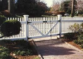 Picket Fence Driveway Gate Picket Fence Driveway Gate R Nongzico