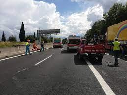 Grave incidente in A1 oggi, autostrada chiusa in entrambe le direzioni