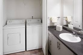 washer and dryer at center pointe apartment homes in beaverton oregon