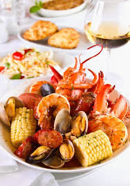 This christmas, why not wow your guests by skipping last year's ham or turkey and serving a delicious seafood dinner instead? Dragon S Kitchen Seafood Boil Seafood Recipes Fish Recipes Food Lover