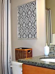 diy quick easy wall art for bathroom
