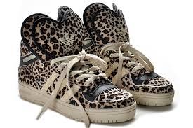 adidas shoes logo. adidas originals m attitude logo double hearts leopard shoes,adidas shoes girl,adidas r1