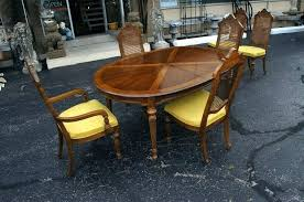 drexel herie dining chairs herie dining table and leopard print chairs discontinued drexel herie dining chairs