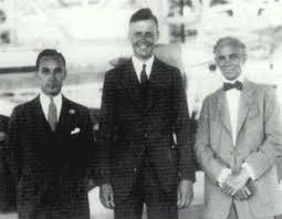 henry ford new world encyclopedia edsel ford charles lindbergh and henry ford pose in the ford hangar during lindbergh s 1927
