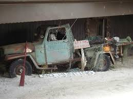 Felix's fishing/hunting truck! - Picture of Felix's Fish Camp Grill ...