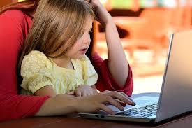 Bezpieczeństwo dziecka przed komputerem | Pediatria - Medycyna Praktyczna  dla pacjentów