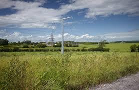 New Pylon Design National Grids New Electricity Pylon Switch My Business