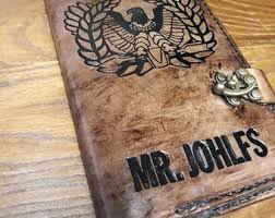 warrant officer gift eagle rising hand carved leather cover for leader s green notebook army nco meres 8 75 x 5 5