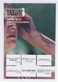 Sada šesti Tetování S Citáty Tatuin Lookio Od Plné Peněženky