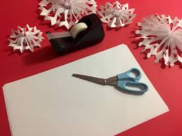 paper snowflakes 3d how to make impressive 3d paper snowflakes in 5 easy steps