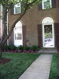 ... Amazing of Townhouse Landscaping Ideas For Front Yard 17 Best Ideas  About Townhouse Landscaping On Pinterest ...
