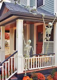 ideas outdoor halloween pinterest decorations: front porch halloween decorating ideas o from