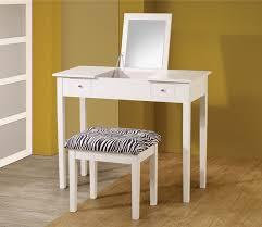 Chic White Bedroom Vanity Set — Fortmyerfire Vanity Ideas : Pretty ...