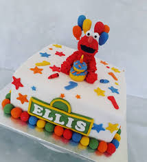 Elmo 1st Birthday Cake For A Lucky Boy Kikiscupcakesuk Elmo