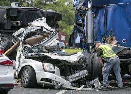 2 killed as RV crushes car in horrific Marion County crash - News ...