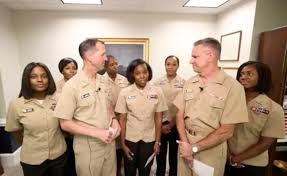 Us Navy Now Allows Women To Wear Ponytails Lock Hairstyles