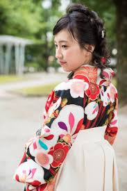 卒業式袴ヘアアレンジレトロな編み込み三つ編みruttu Donna E Uomo