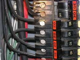 fpe stab lok electric panel repair advice photograph of a typical federal pacific electric stab lok® electric circuit breakers showing characteristic