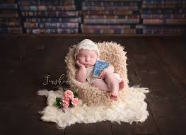 Curling up with a book to read! Pride and Prejudice newborn photography  session. Literary inspired newbo… | Sunshine photography, Newborn  photography, Photography